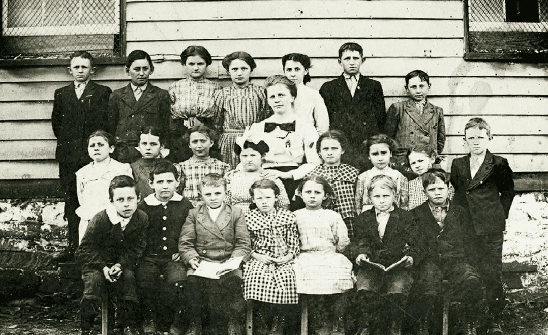 Mt Gap School 1900s